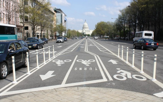 A view of ROW in Washington, DC that  integrates infrastructure for all users.  Photo Credit: Elvert Barnes Photography